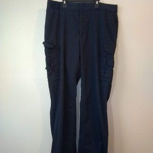 work pants with lots of pockets